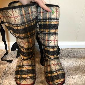 Shoes - Colorful Slipper Boots